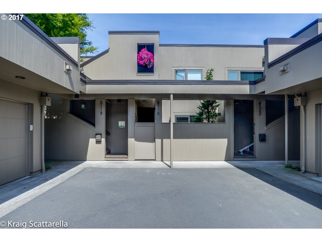 6116 SW RIVERPOINT LN, Portland, OR 97239