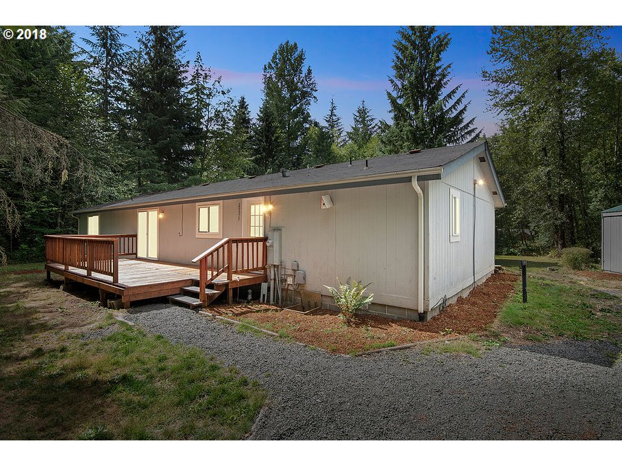 20475 E ASCHOFF RD, Rhododendron, OR 97049