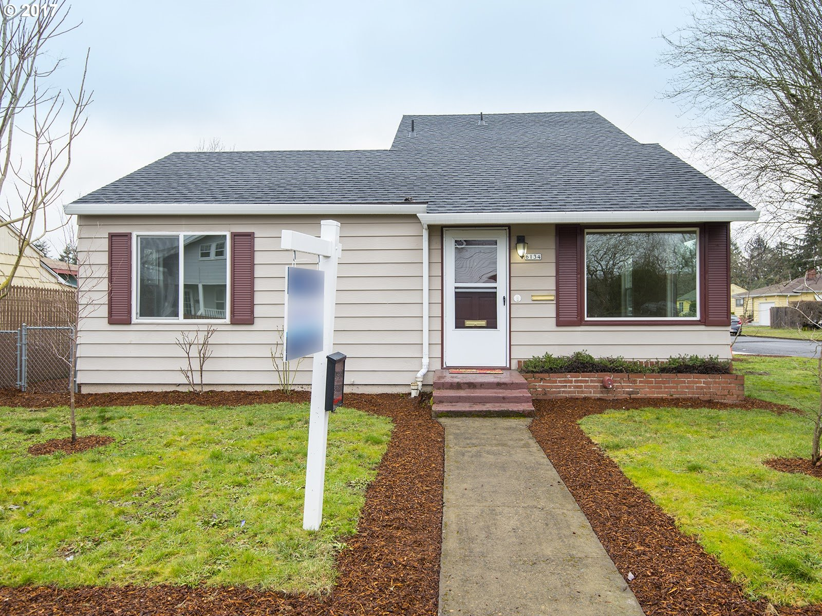 1344 sq. ft 3 bedrooms 2 bathrooms  House For Sale, Portland, OR