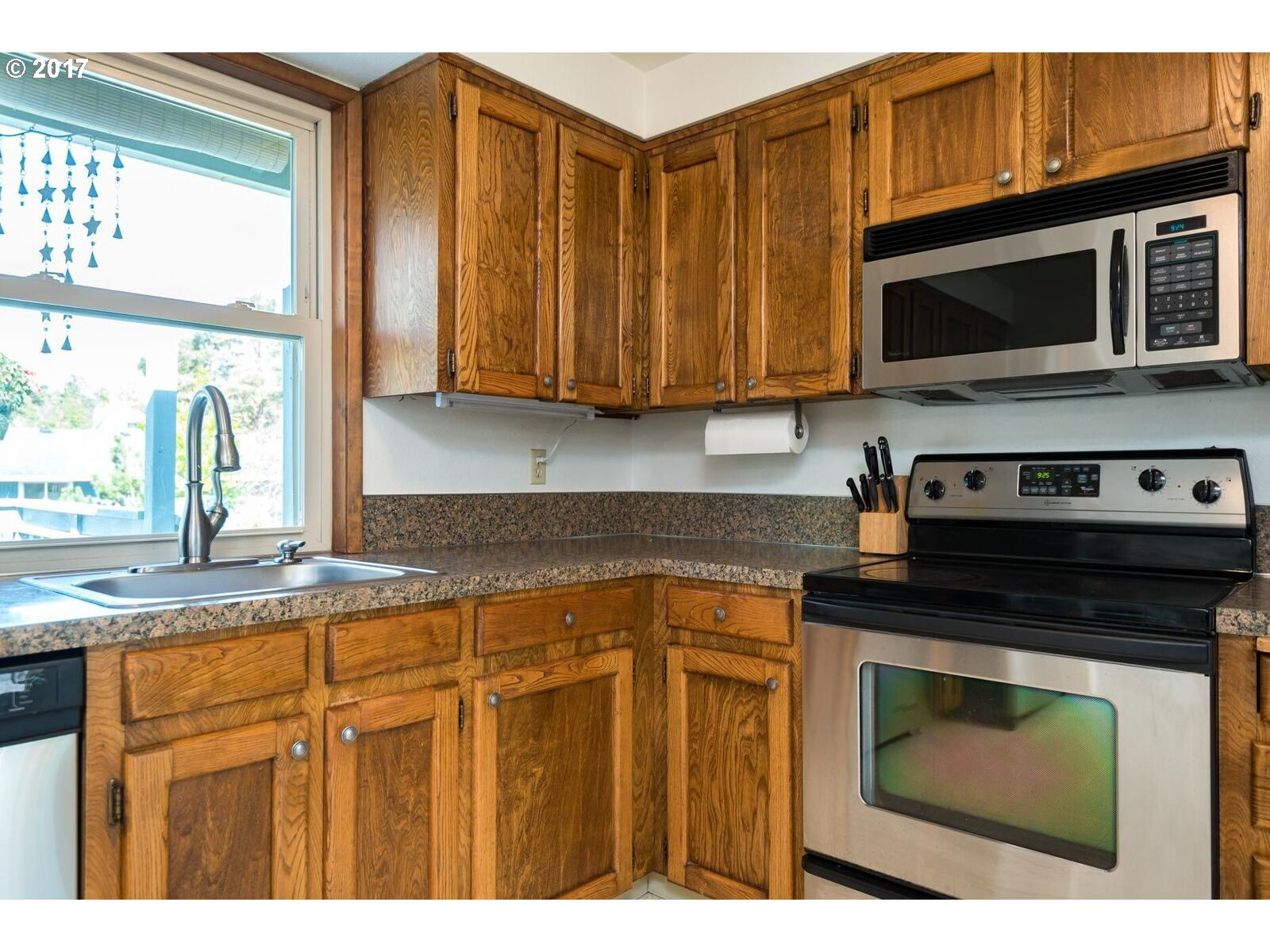 2339 SE KIBLING AVE Troutdale, OR 97060 - MLS #: 17690282