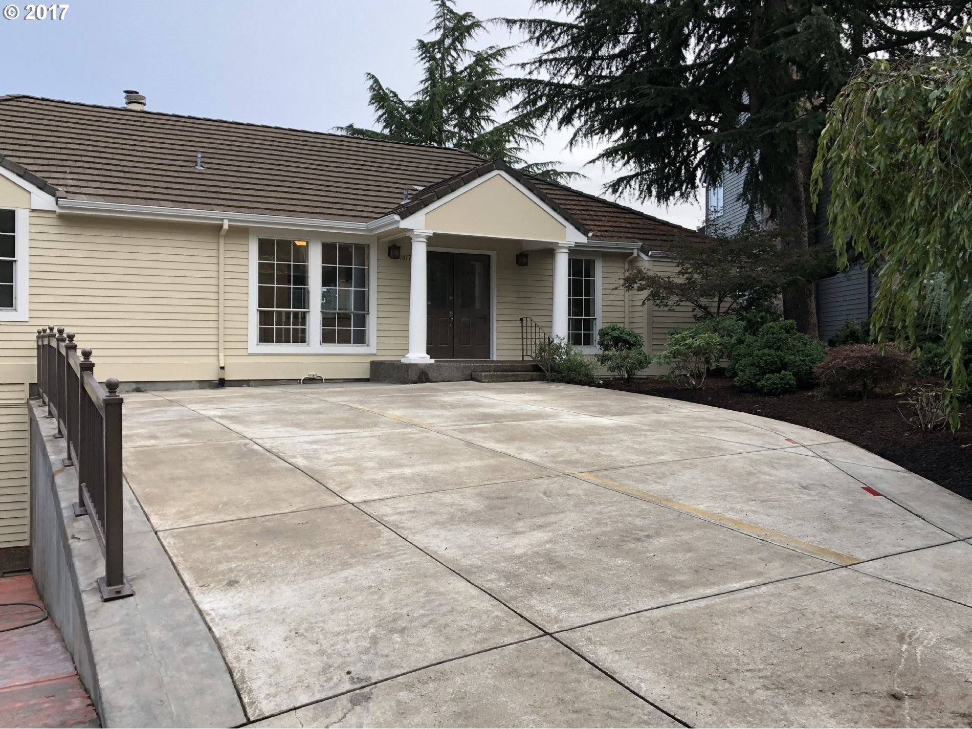 Gorgeous property with recent renovations including new hardwood floors, appliances, and much more. Lots of parking and room for entertaining. Mt. Hood view on a quiet street with little traffic.