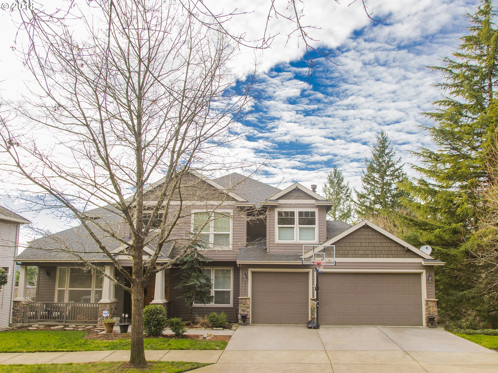 23004 BLAND CIR, West Linn, OR 97068