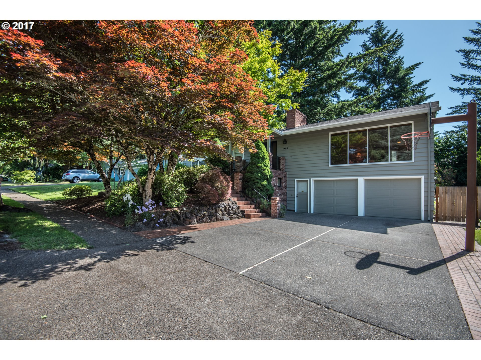 2456 sq. ft 3 bedrooms 3 bathrooms  House For Sale, Portland, OR