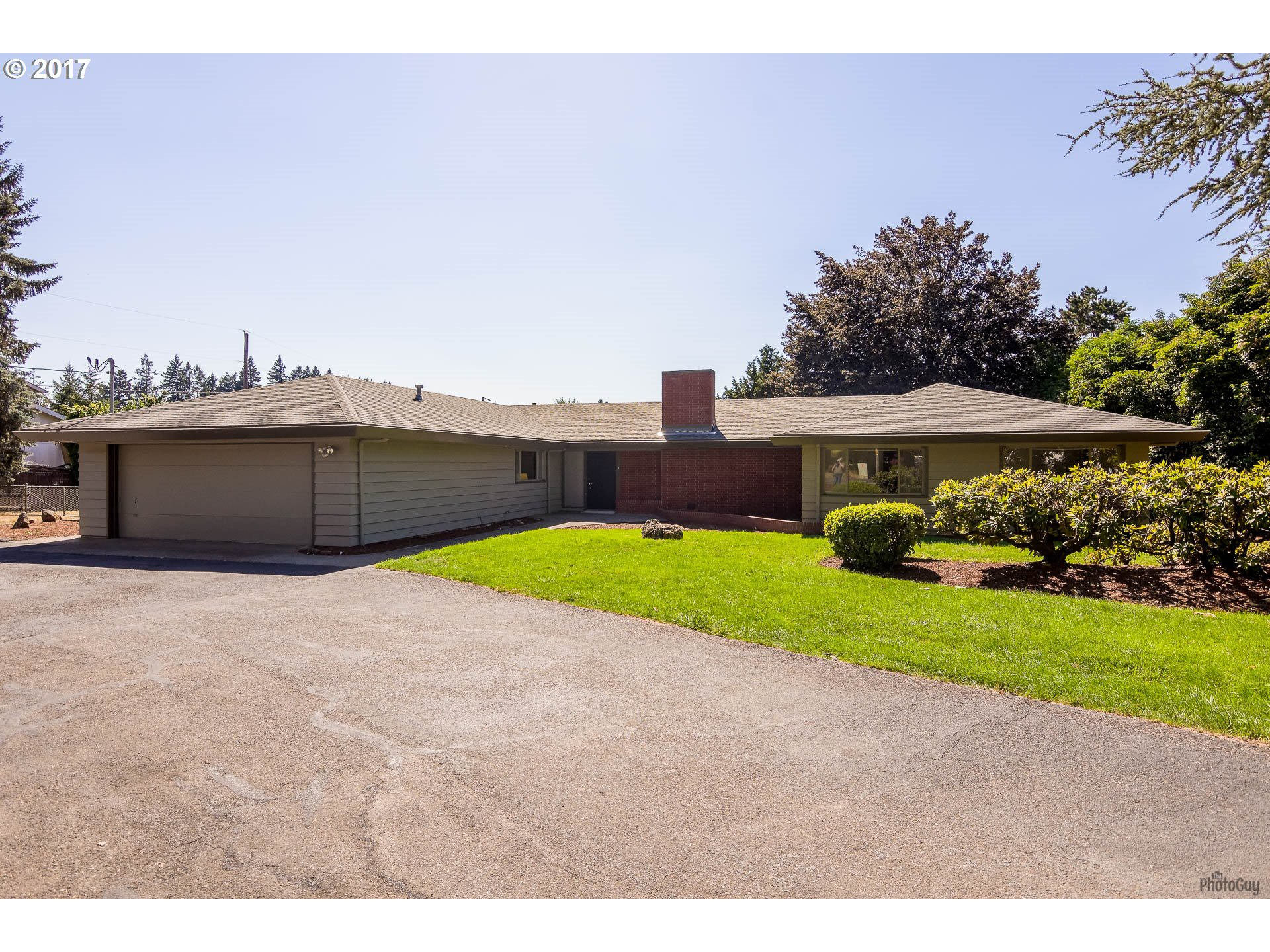 1731 S 6TH ST, Cottage Grove, OR 97424