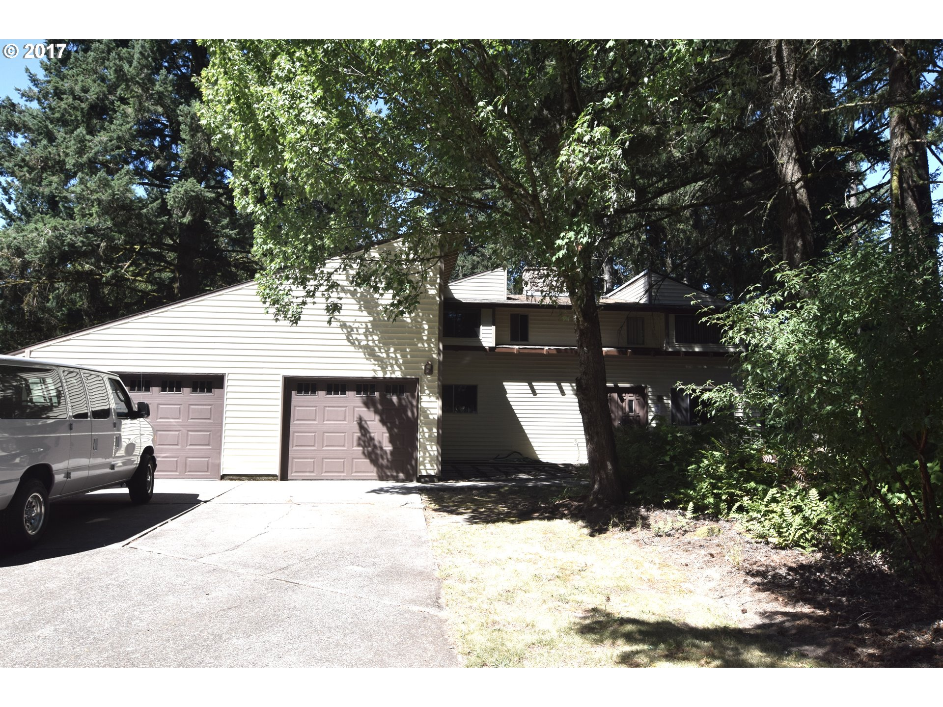 16821 S FAWN DR, Oregon City, OR 97045