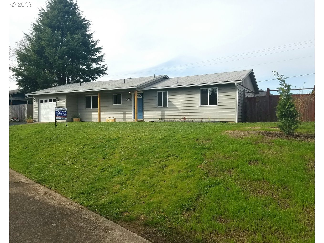 1496 W HARRISON AVE, Cottage Grove, OR 97424