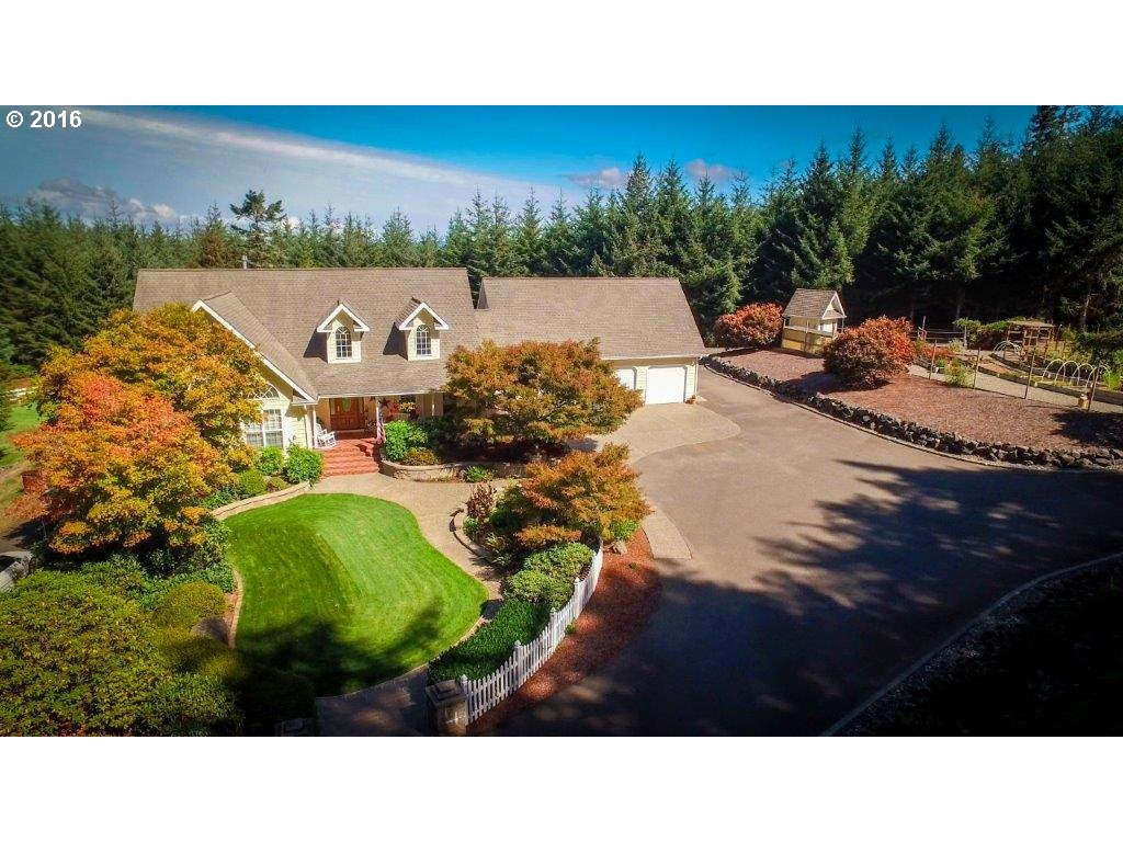 61696 EDWARDS MILL RD, Coos Bay, OR 97420