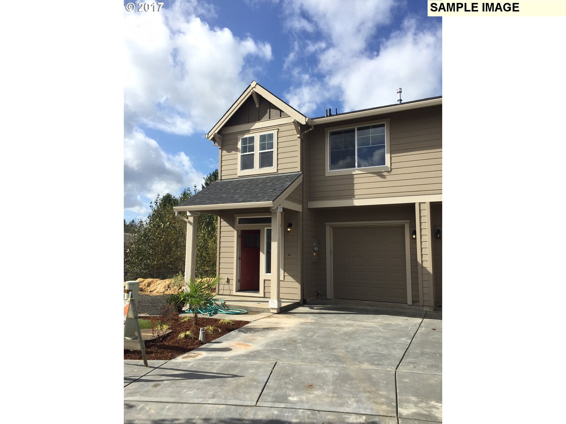 1736 sq. ft 3 bedrooms 2 bathrooms  House For Sale, Sandy, OR