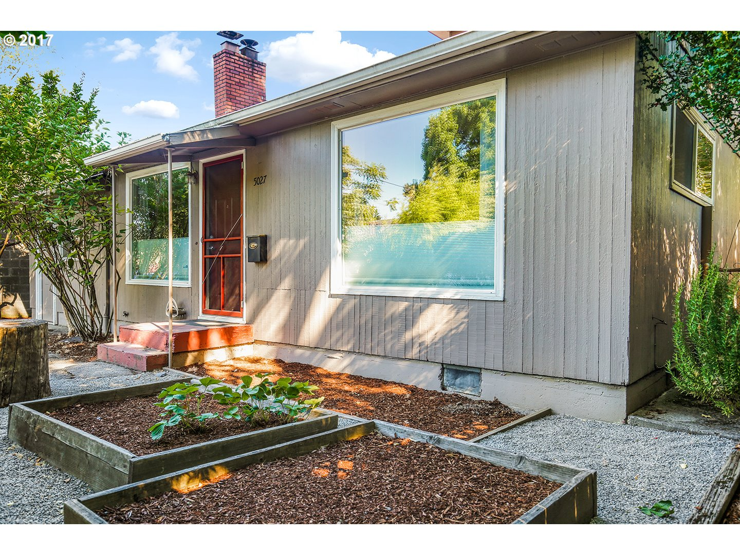 1120 sq. ft 2 bedrooms 1 bathrooms  House For Sale, Portland, OR