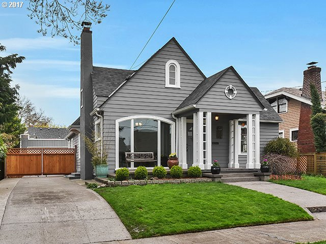 3358 sq. ft 5 bedrooms 2 bathrooms  House For Sale, Portland, OR