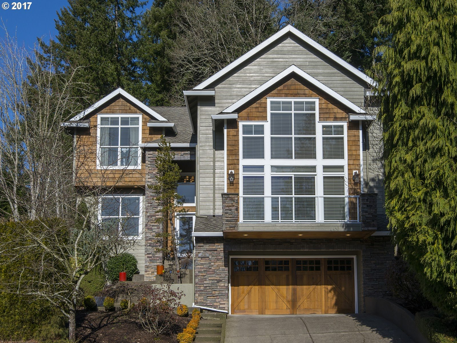 2760 sq. ft 3 bedrooms 2 bathrooms  House For Sale, West Linn, OR