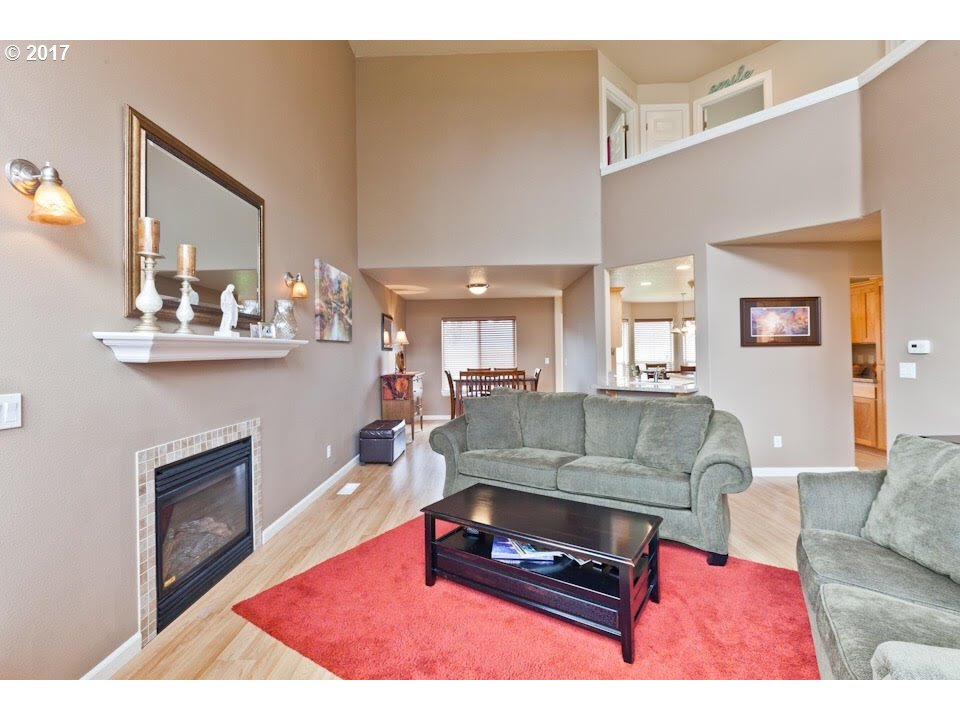 1902 sq. ft 4 bedrooms 2 bathrooms  House For Sale, Gresham, OR