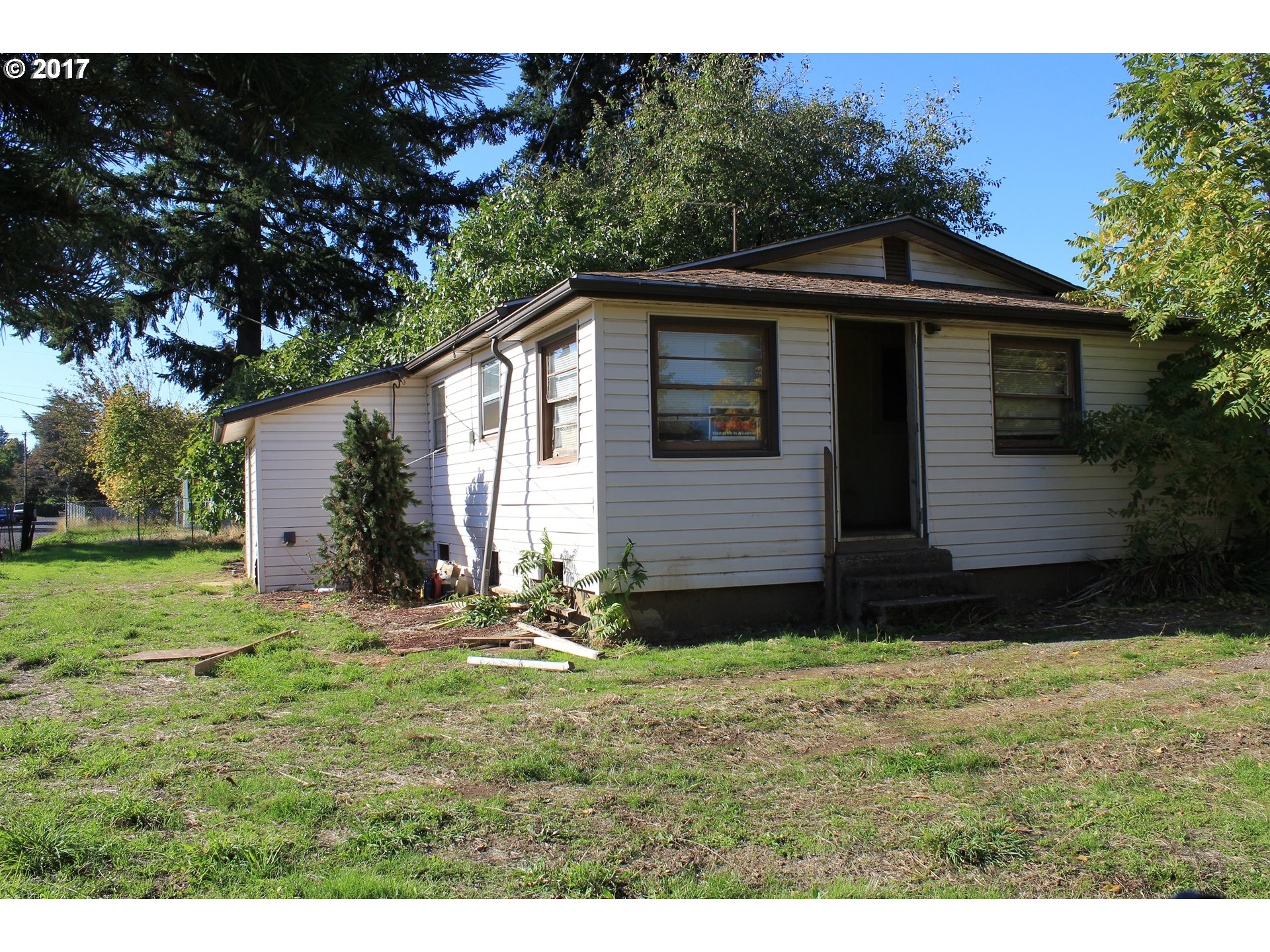 1700 sq. ft 2 bedrooms 1 bathrooms  House For Sale, Portland, OR