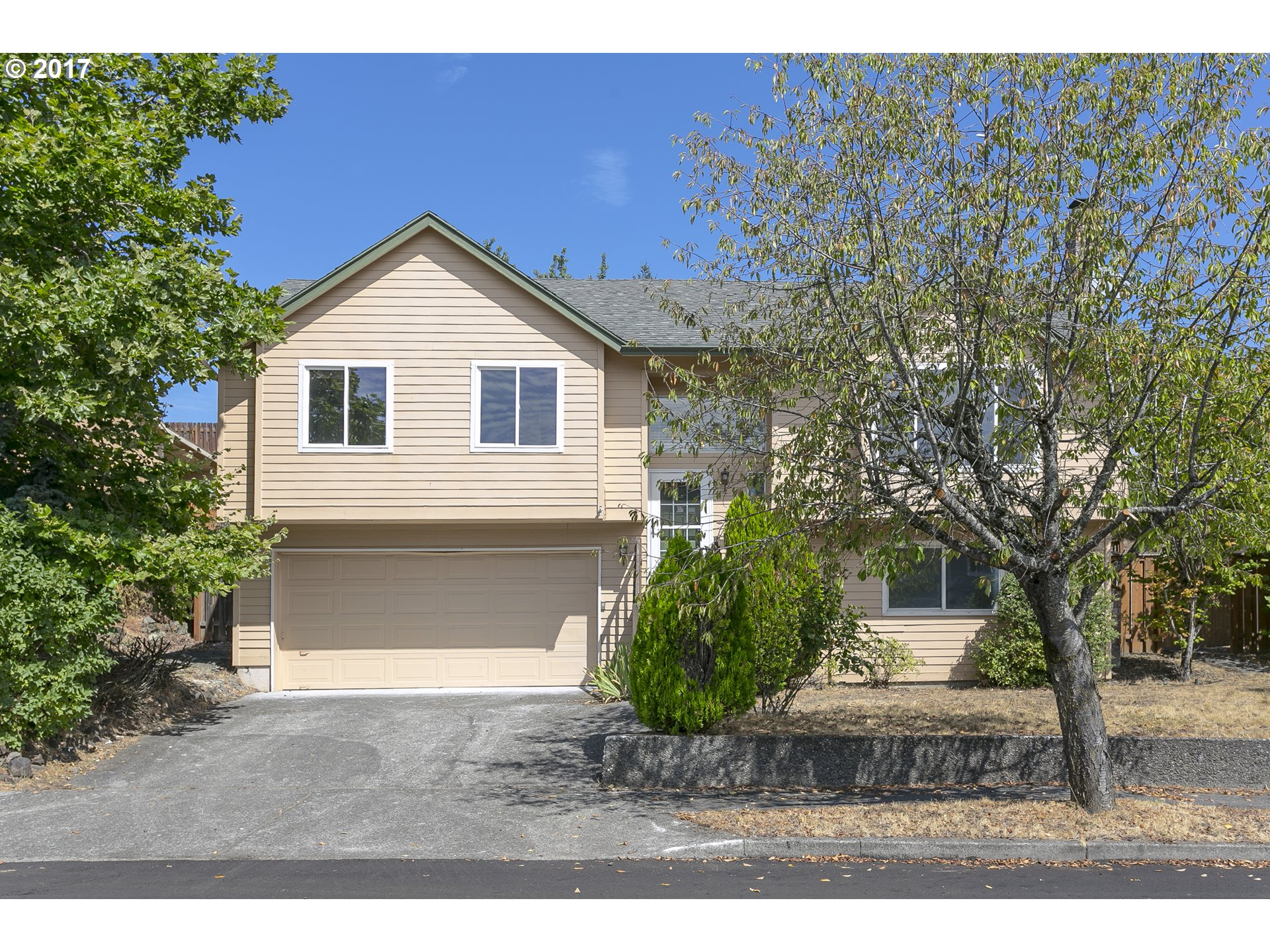 1866 sq. ft 4 bedrooms 3 bathrooms  House For Sale,Troutdale, OR