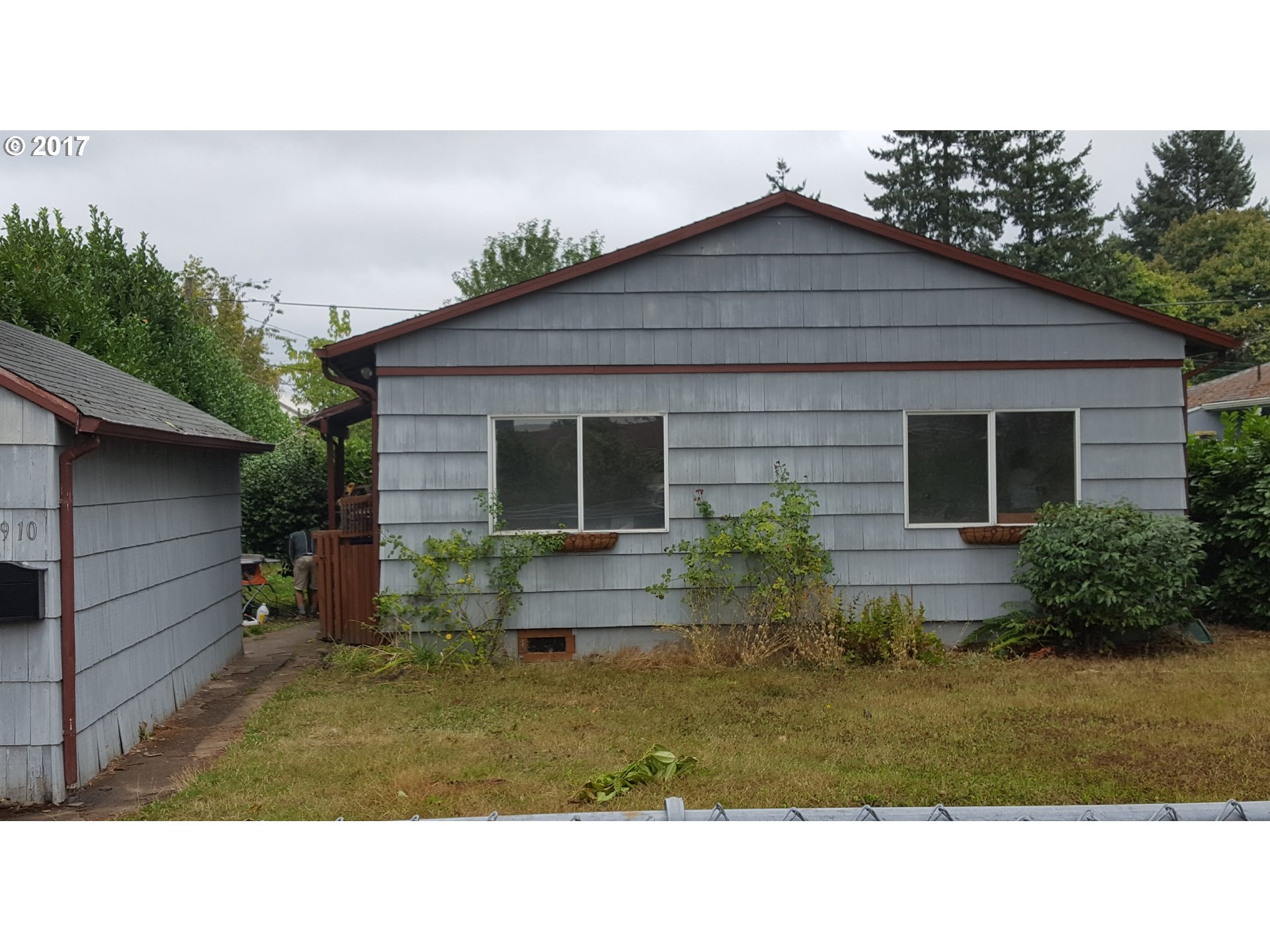 1204 sq. ft 3 bedrooms 1 bathrooms  House For Sale, Portland, OR