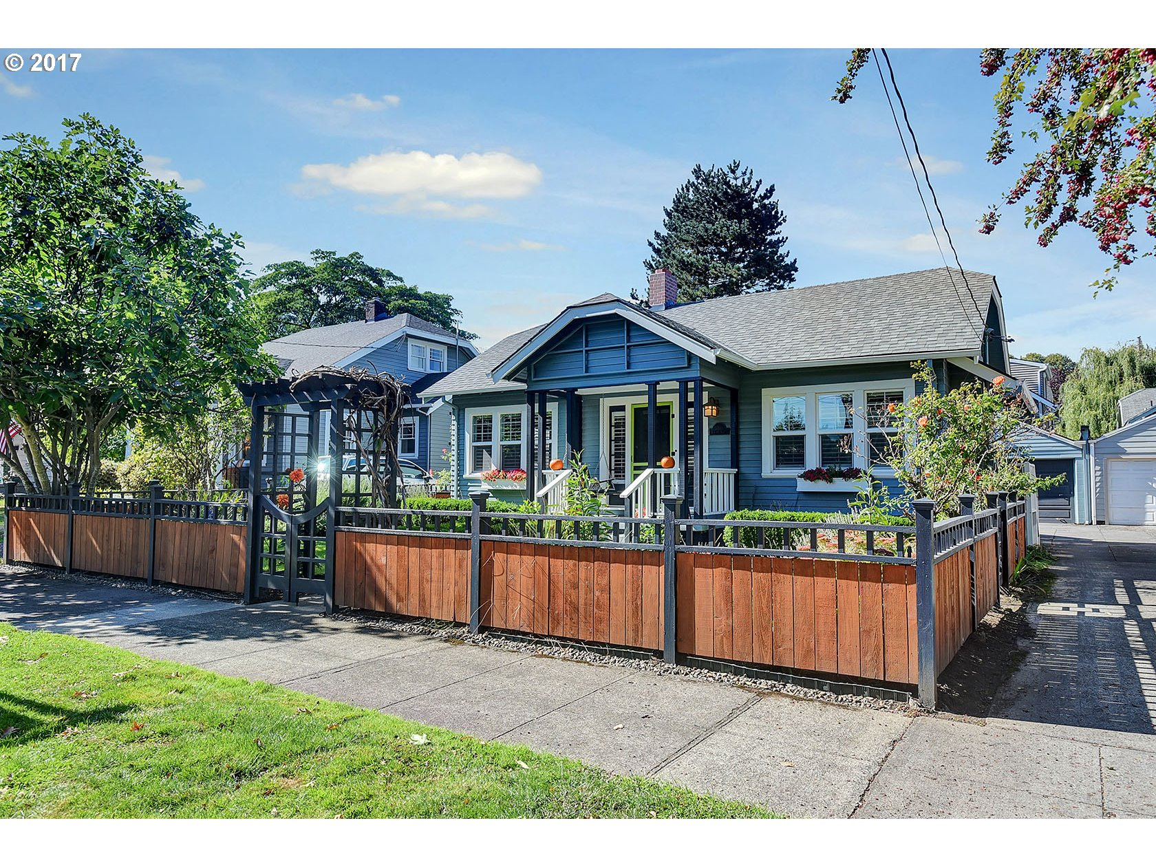 1756 sq. ft 3 bedrooms 2 bathrooms  House For Sale, Portland, OR