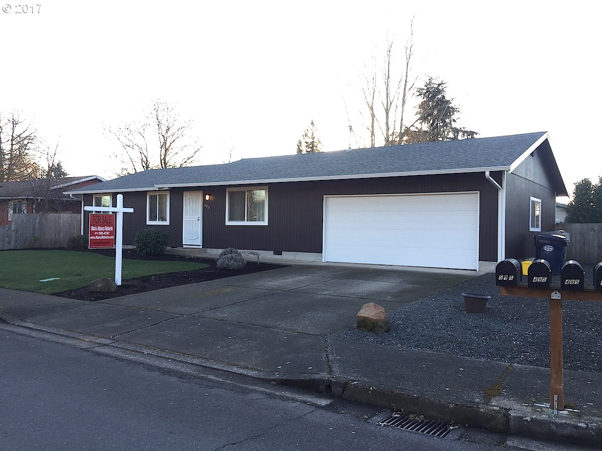 1066 sq. ft 3 bedrooms 1 bathrooms  House For Sale, Junction City, OR