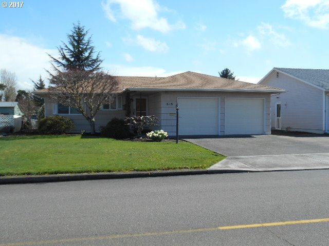 990 sq. ft 2 bedrooms 1 bathrooms  House For Sale, Woodburn, OR