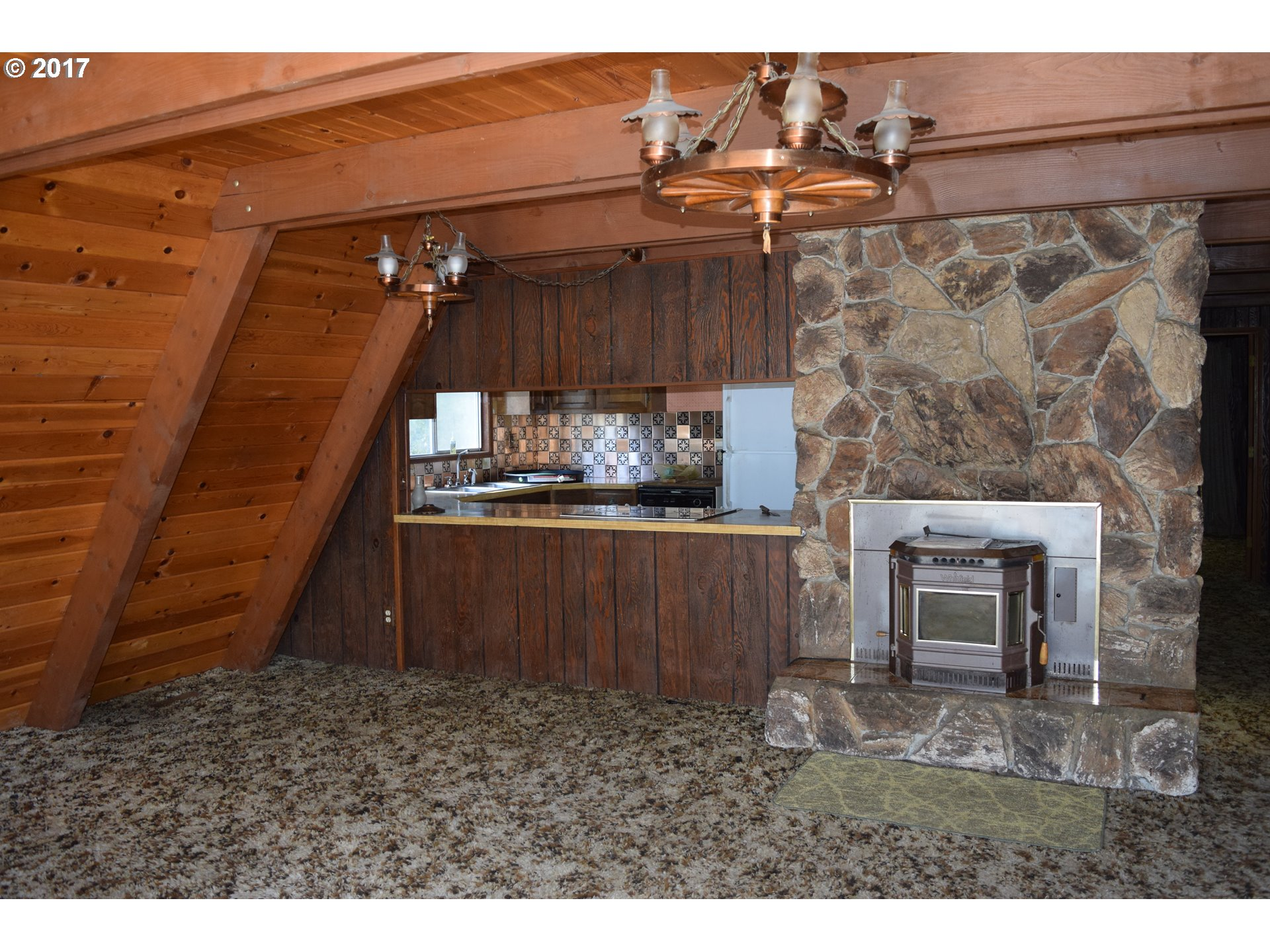 1903 sq. ft 4 bedrooms 2 bathrooms  House For Sale, Agness, OR