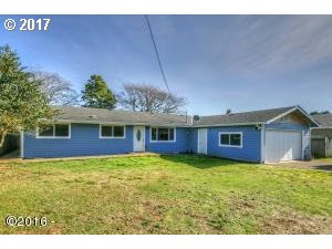 1648 sq. ft 4 bedrooms 2 bathrooms  House For Sale, Newport, OR