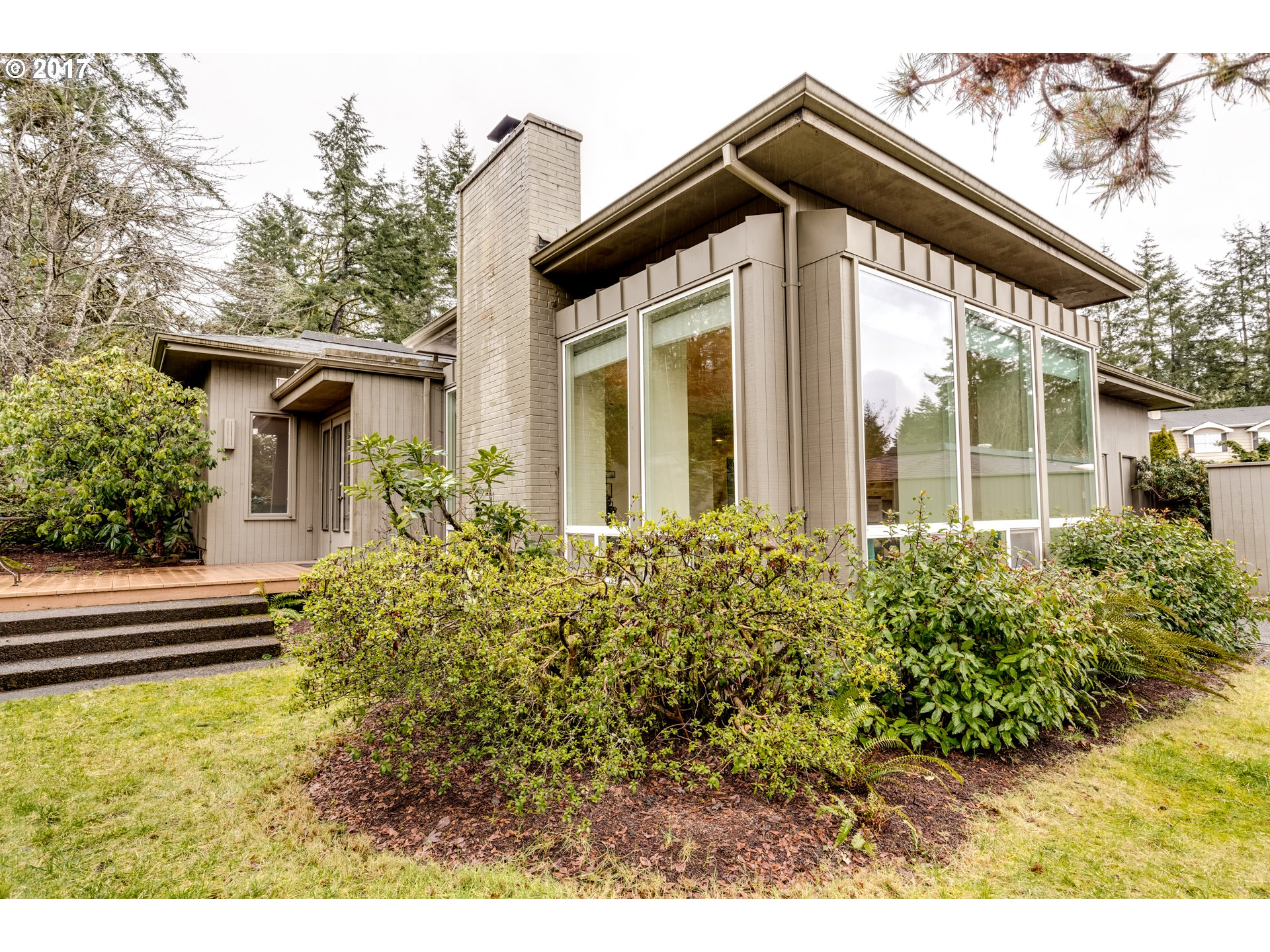 1621 sq. ft 2 bedrooms 2 bathrooms  House For Sale, Eugene, OR