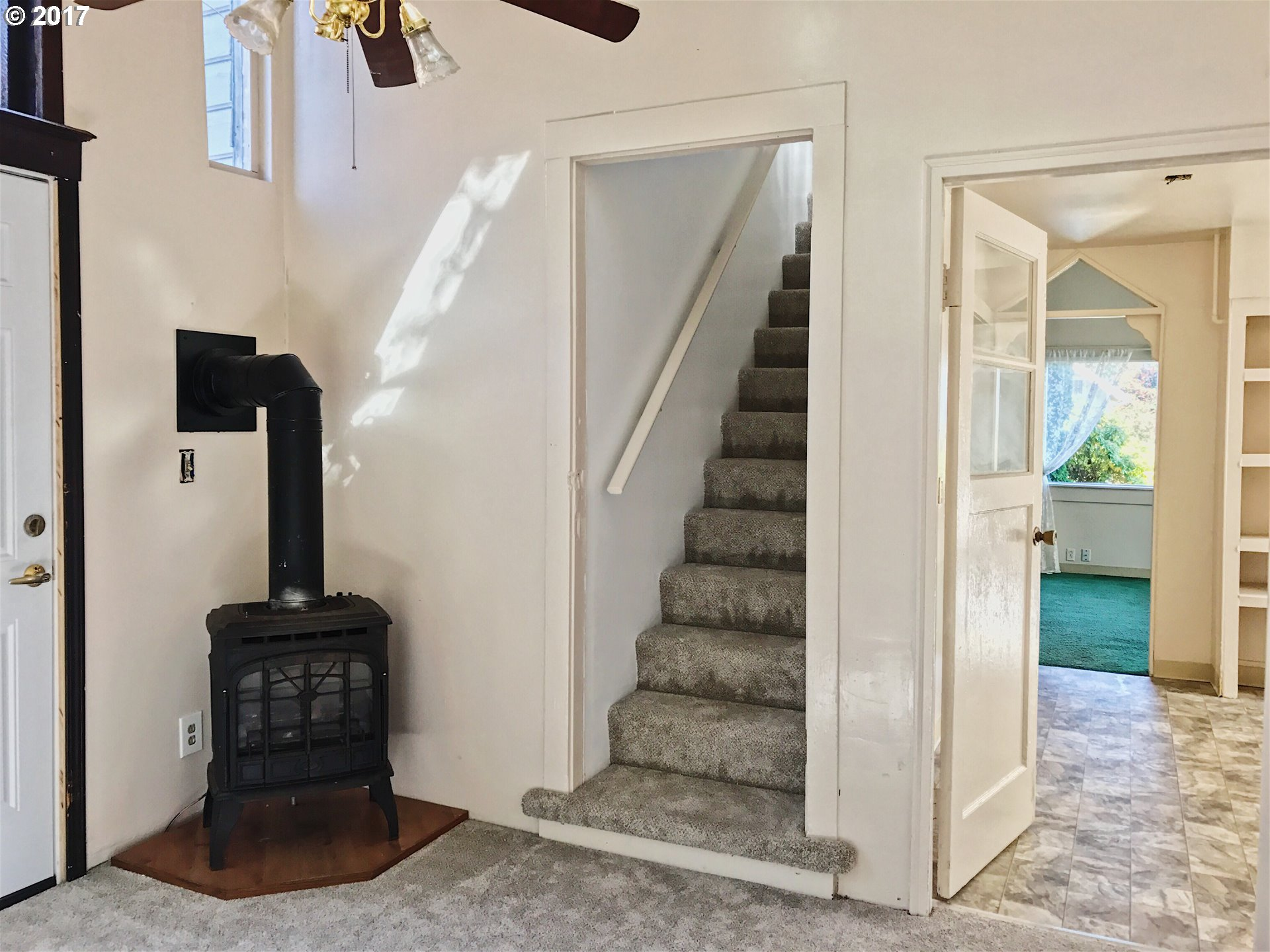 1420 sq. ft 3 bedrooms 2 bathrooms  House For Sale,Astoria, OR