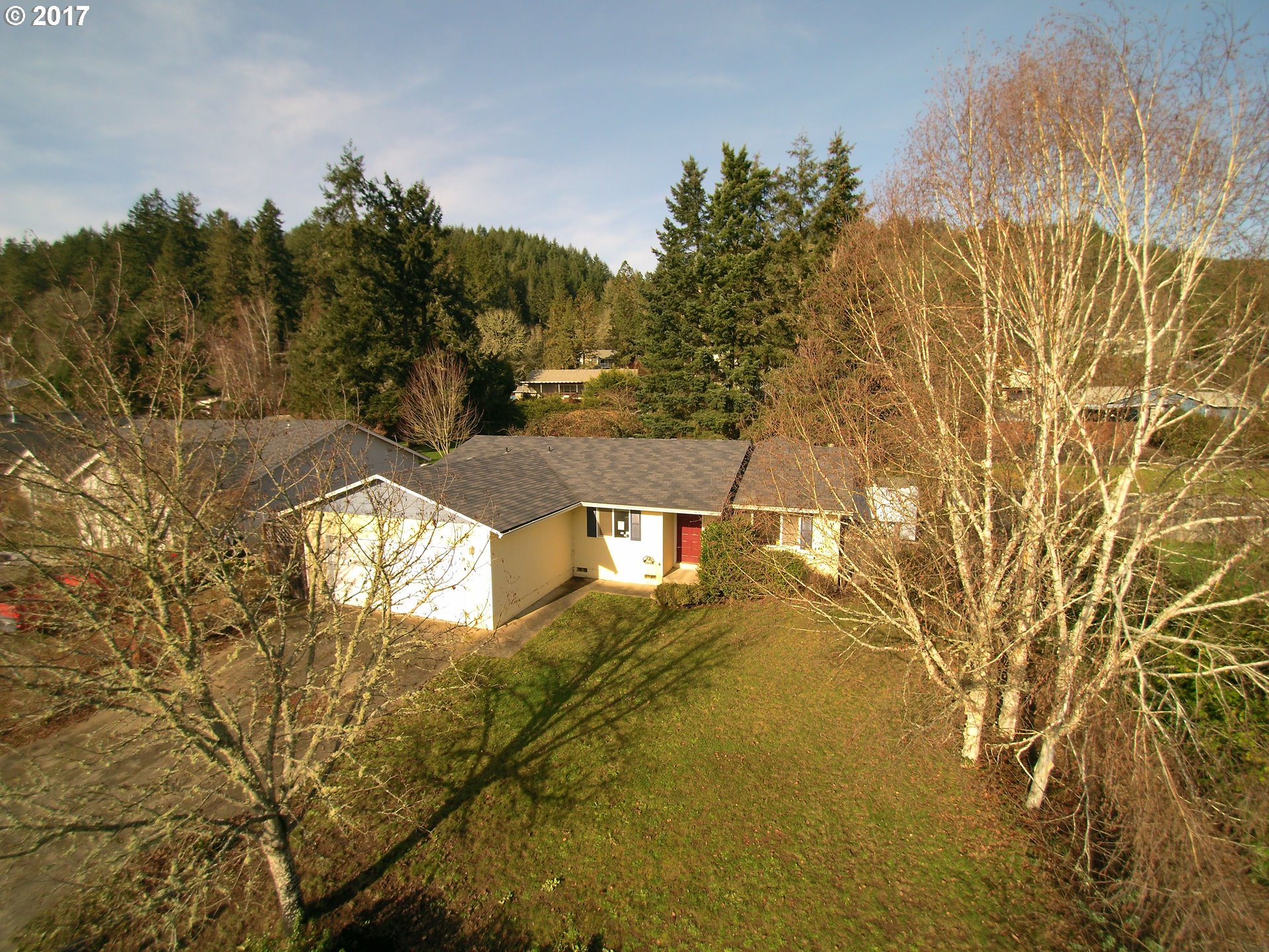 1744 sq. ft 3 bedrooms 2 bathrooms  House For Sale, Sutherlin, OR