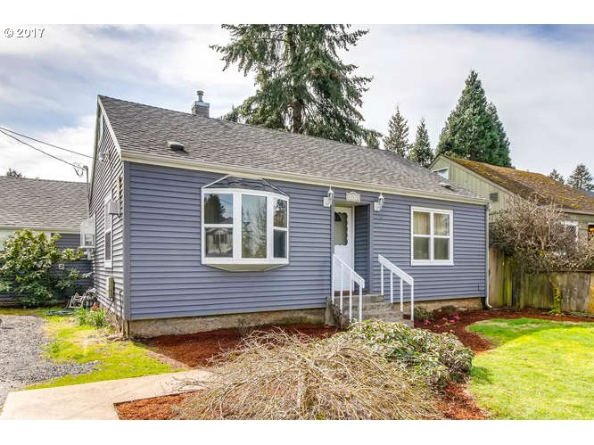 1248 sq. ft 3 bedrooms 2 bathrooms  House For Sale, Portland, OR