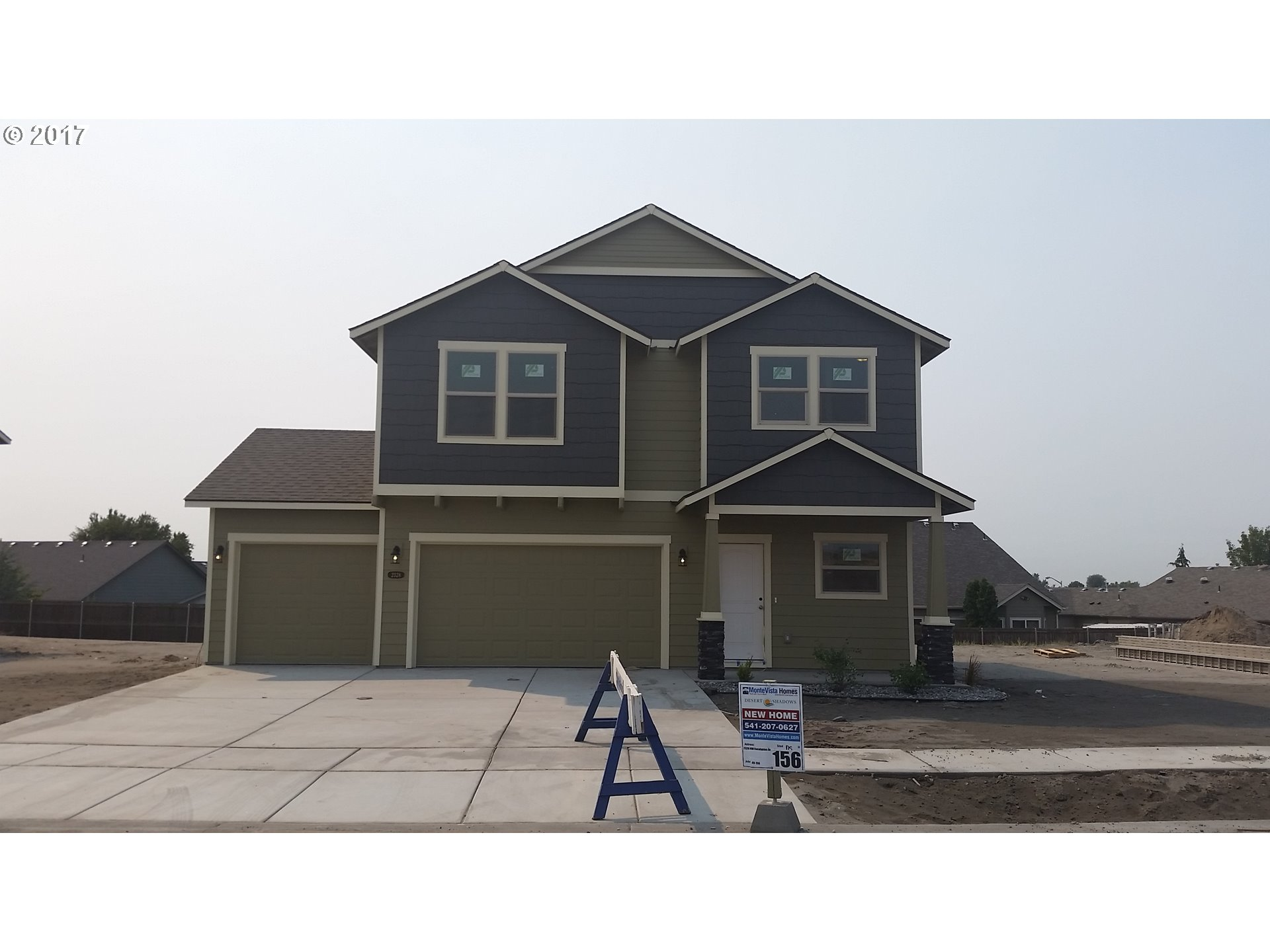 1766 sq. ft 3 bedrooms 2 bathrooms  House For Sale,Hermiston, OR