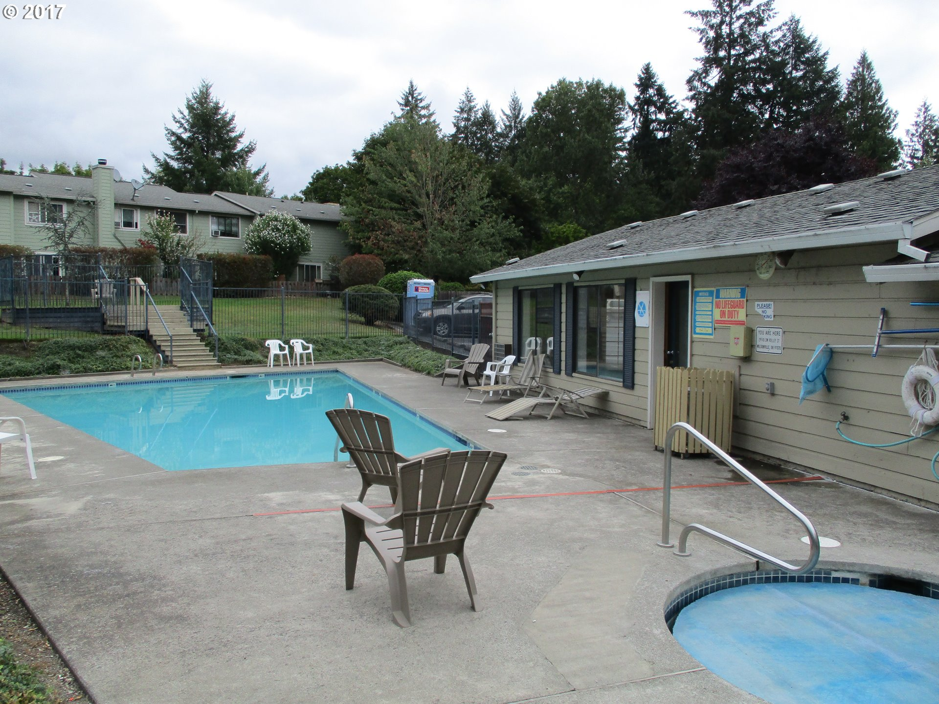 930 sq. ft 2 bedrooms 1 bathrooms  House For Sale, Wilsonville, OR
