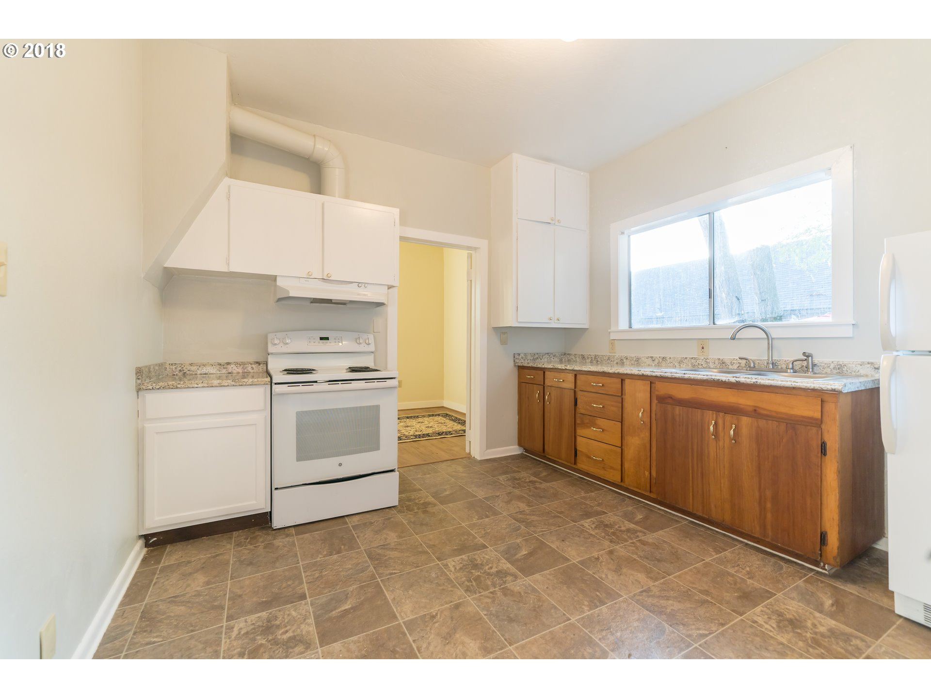 393 SW IVY ST Mill City, OR 97360 - MLS #: 18000126
