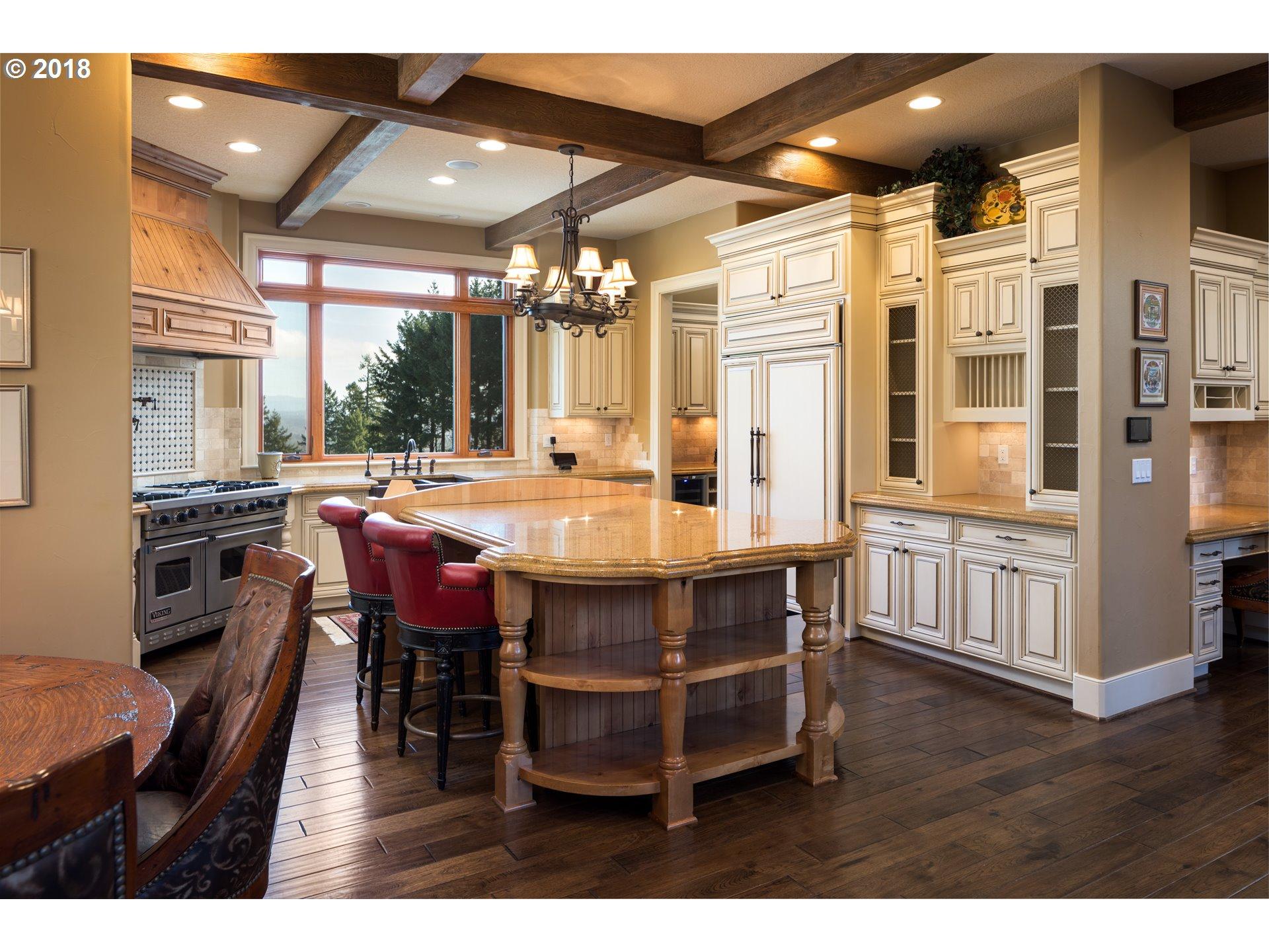 27737 SW PETES MOUNTAIN RD, WEST LINN, OR 97068  Photo 8