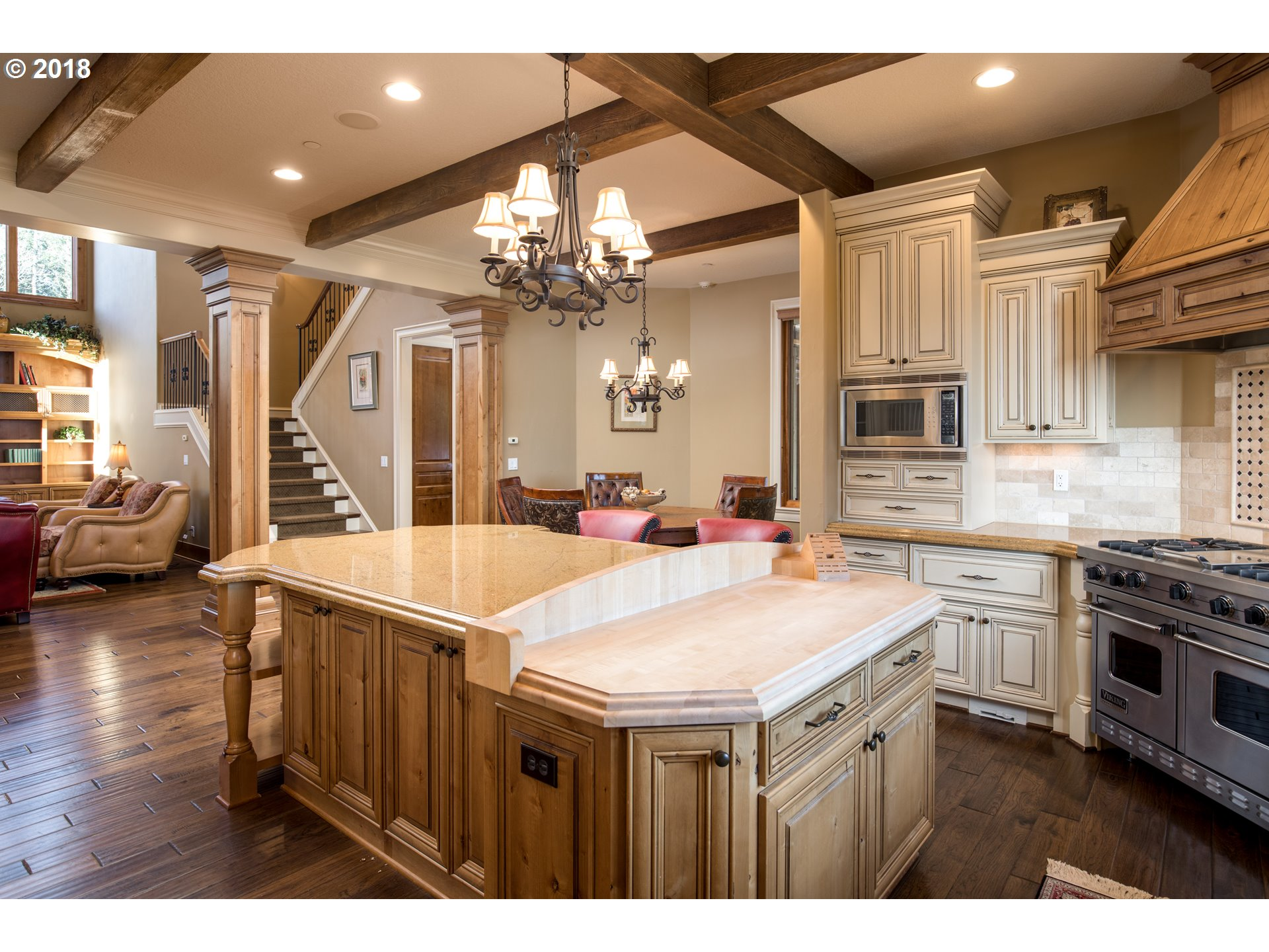 27737 SW PETES MOUNTAIN RD, WEST LINN, OR 97068  Photo 9