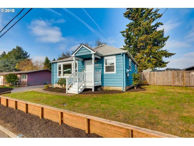 4221 SE MASON LN Milwaukie, OR 97222 - MLS #: 18005349