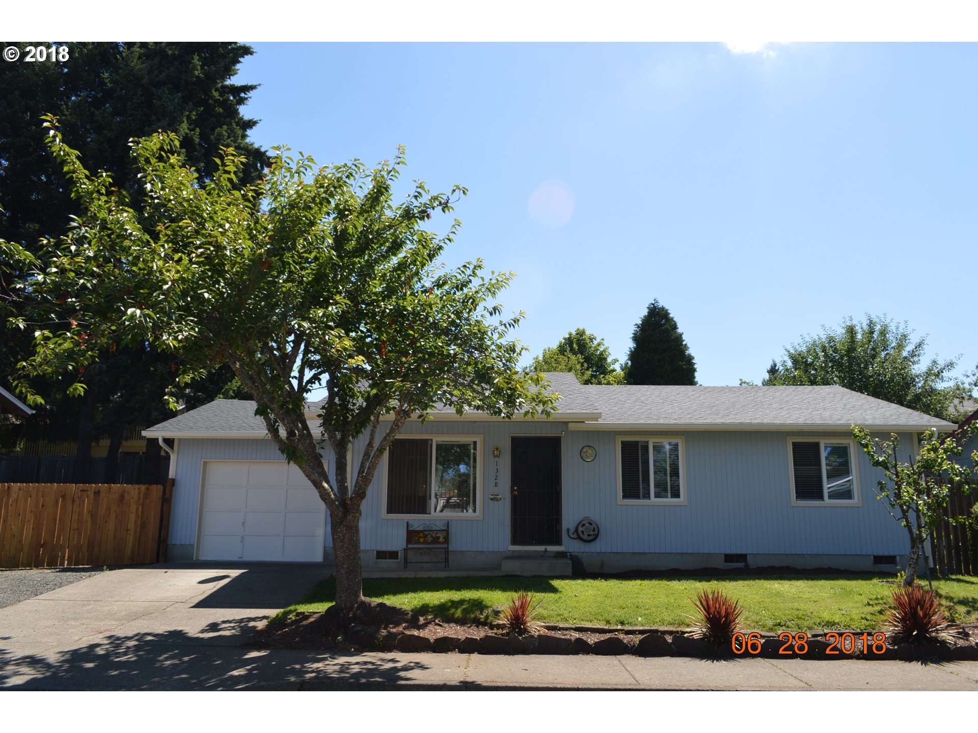 1328 S 7TH ST Cottage Grove, OR 97424 18009729