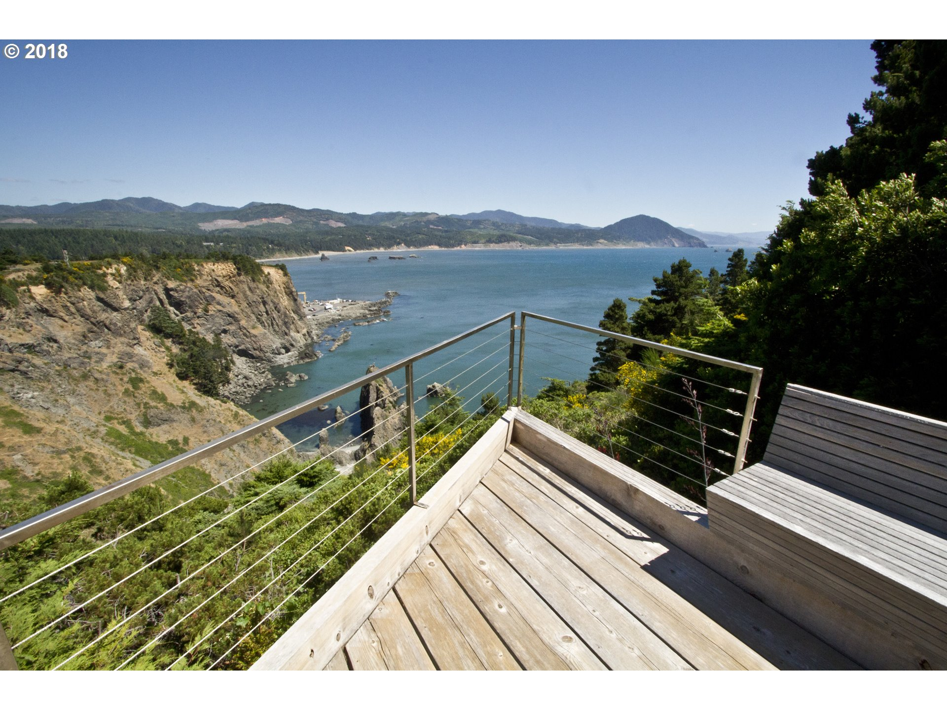 302 COAST GUARD HILL RD, PORT ORFORD, OR 97465  Photo 4