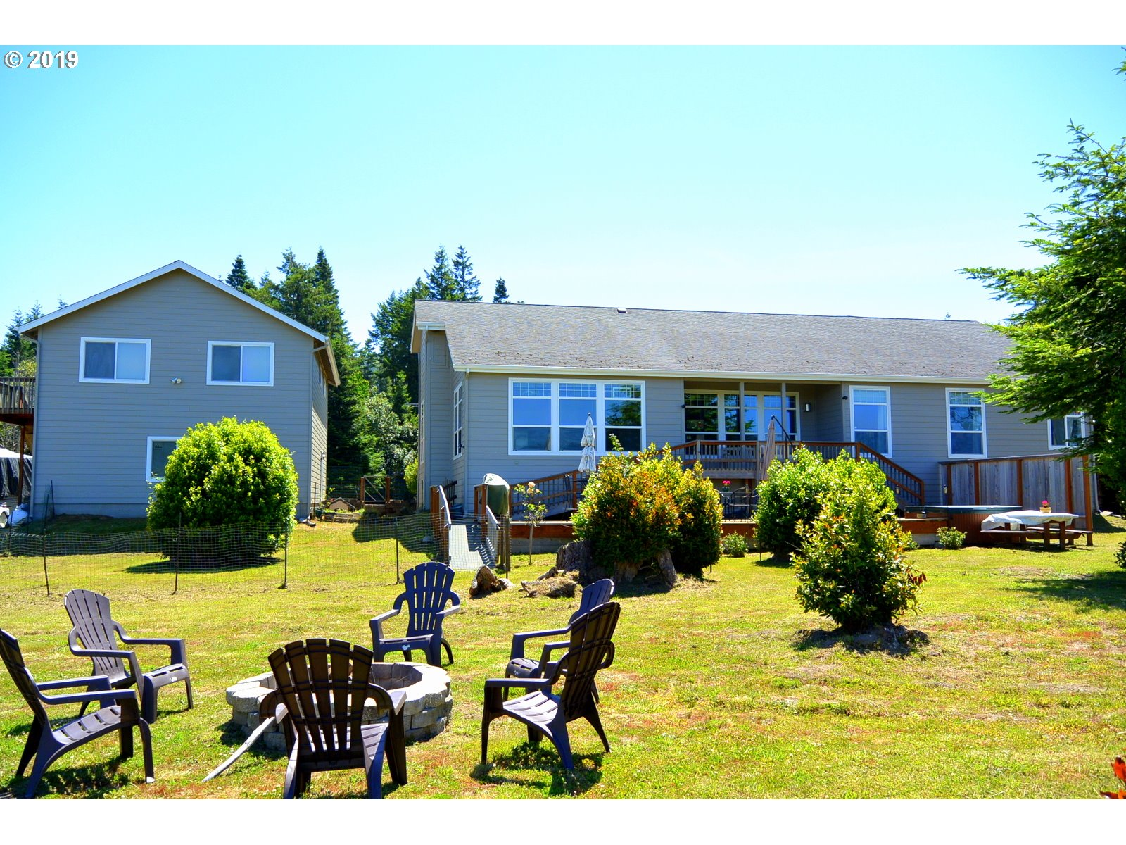 95637 JERRYS FLAT RD, GOLD BEACH, OR 97444  Photo 1