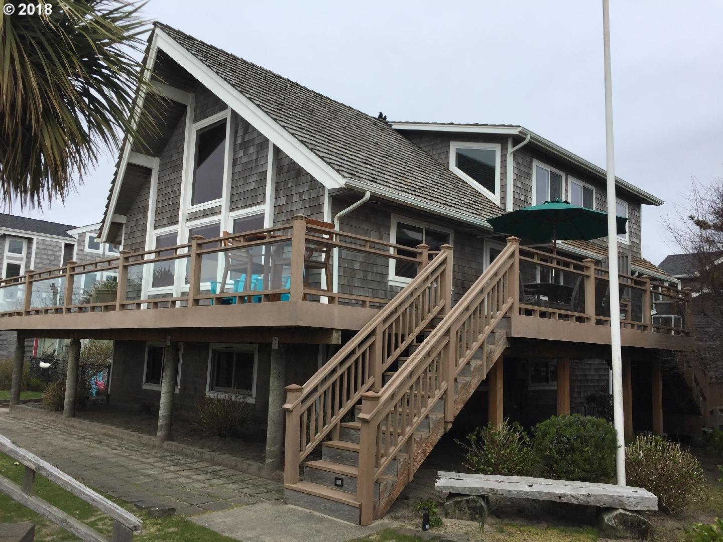 3530 PACIFIC ST, CANNON BEACH, OR 97110  Photo 2