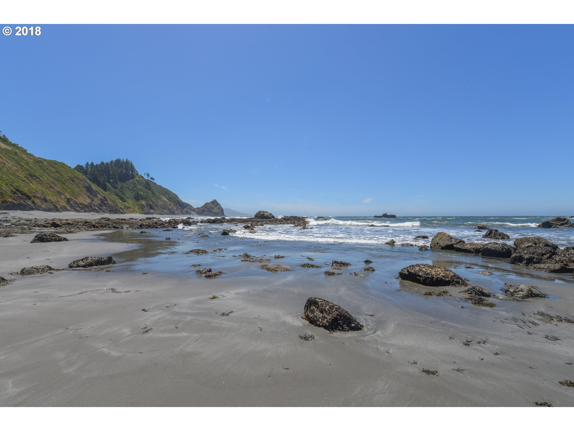 36044 HWY 101, GOLD BEACH, OR 97444  Photo 12