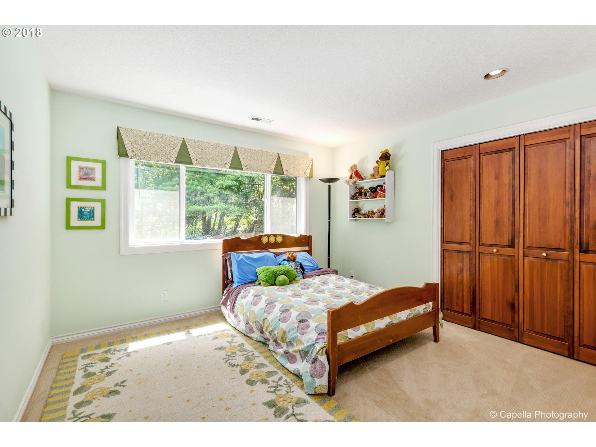 1180 CHERRY LN Lake Oswego, OR 97034 - MLS #: 18064992