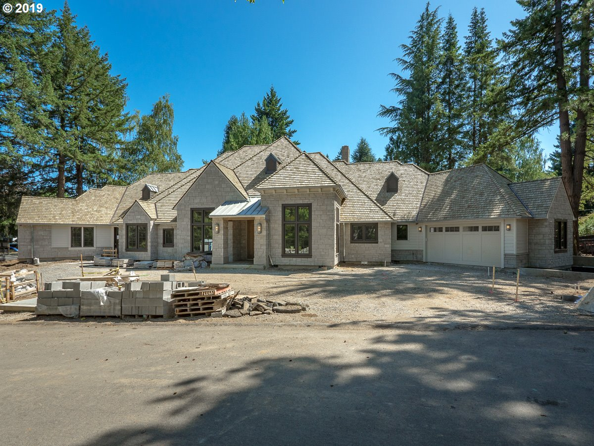940 HOODVIEW LN, Lake Oswego, OR 97034