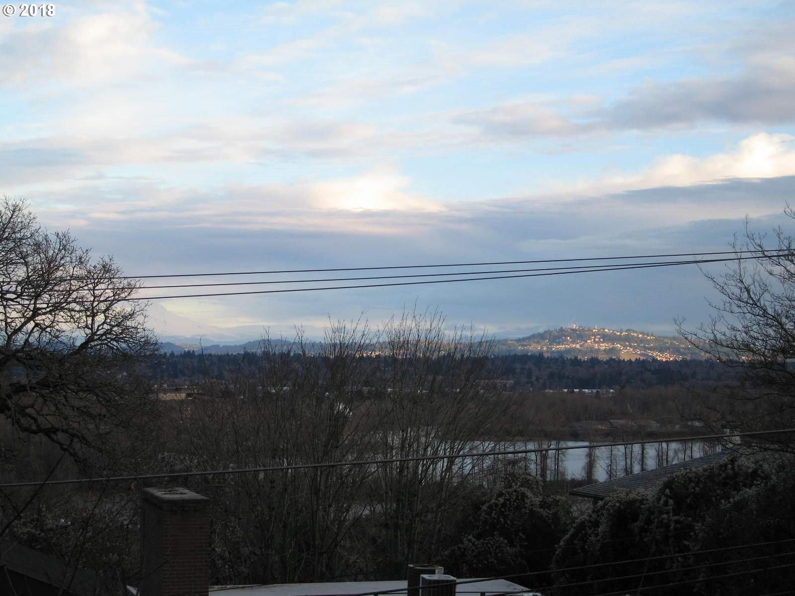 3935 SW CORBETT AVE Portland, OR 97239 - MLS #: 18125345