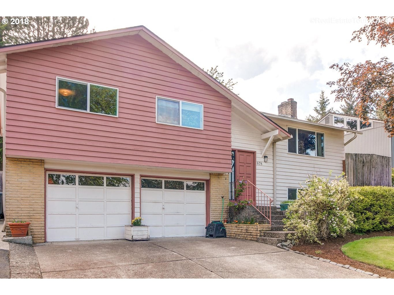 878 NW 8TH DR, Hillsboro, OR 97124