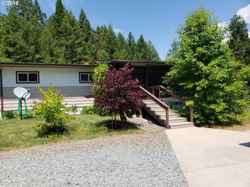 Trail, OR 3 Bedroom Home For Sale