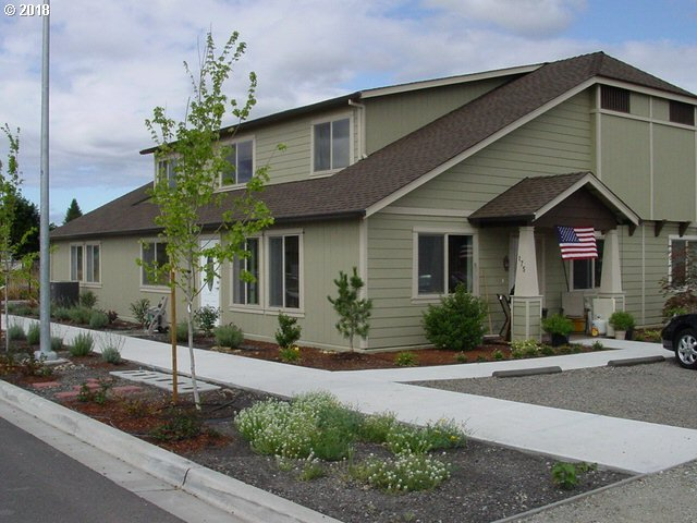 Applegate, OR 5 Bedroom Home For Sale