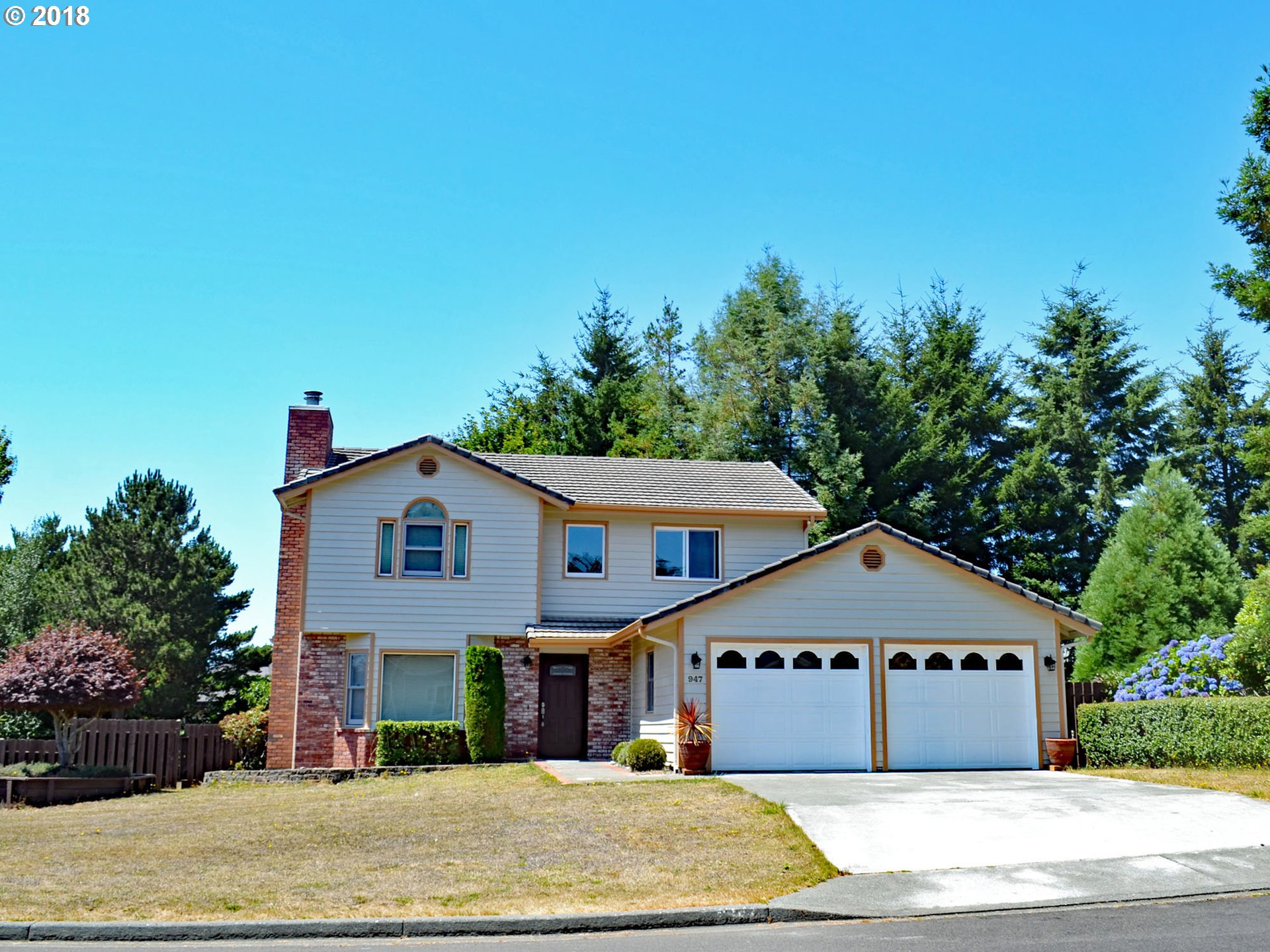 Brookings, OR 4 Bedroom Home For Sale