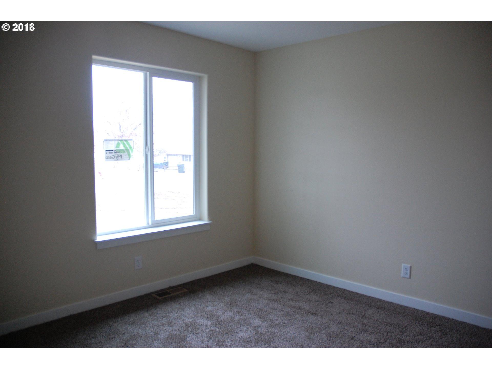 1325 W SECOND ST Arlington, OR 97812 - MLS #: 18185403