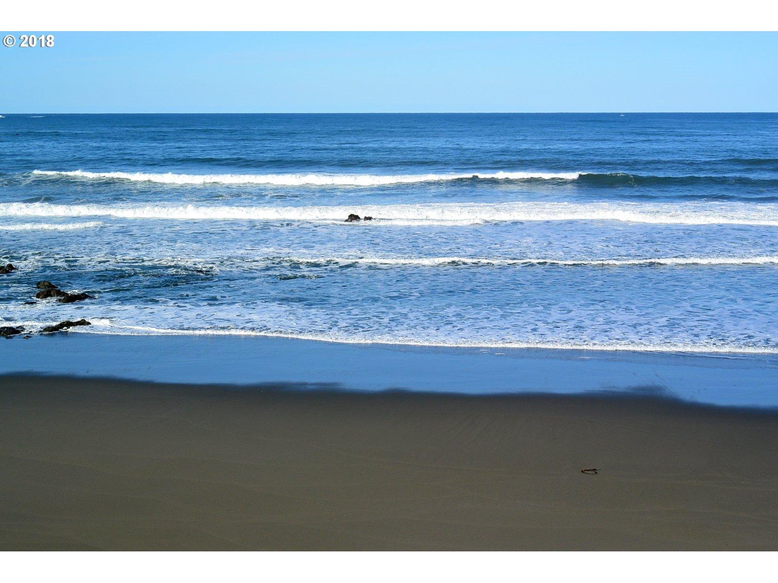 94515 HAYDEN RD, GOLD BEACH, OR 97444  Photo 18