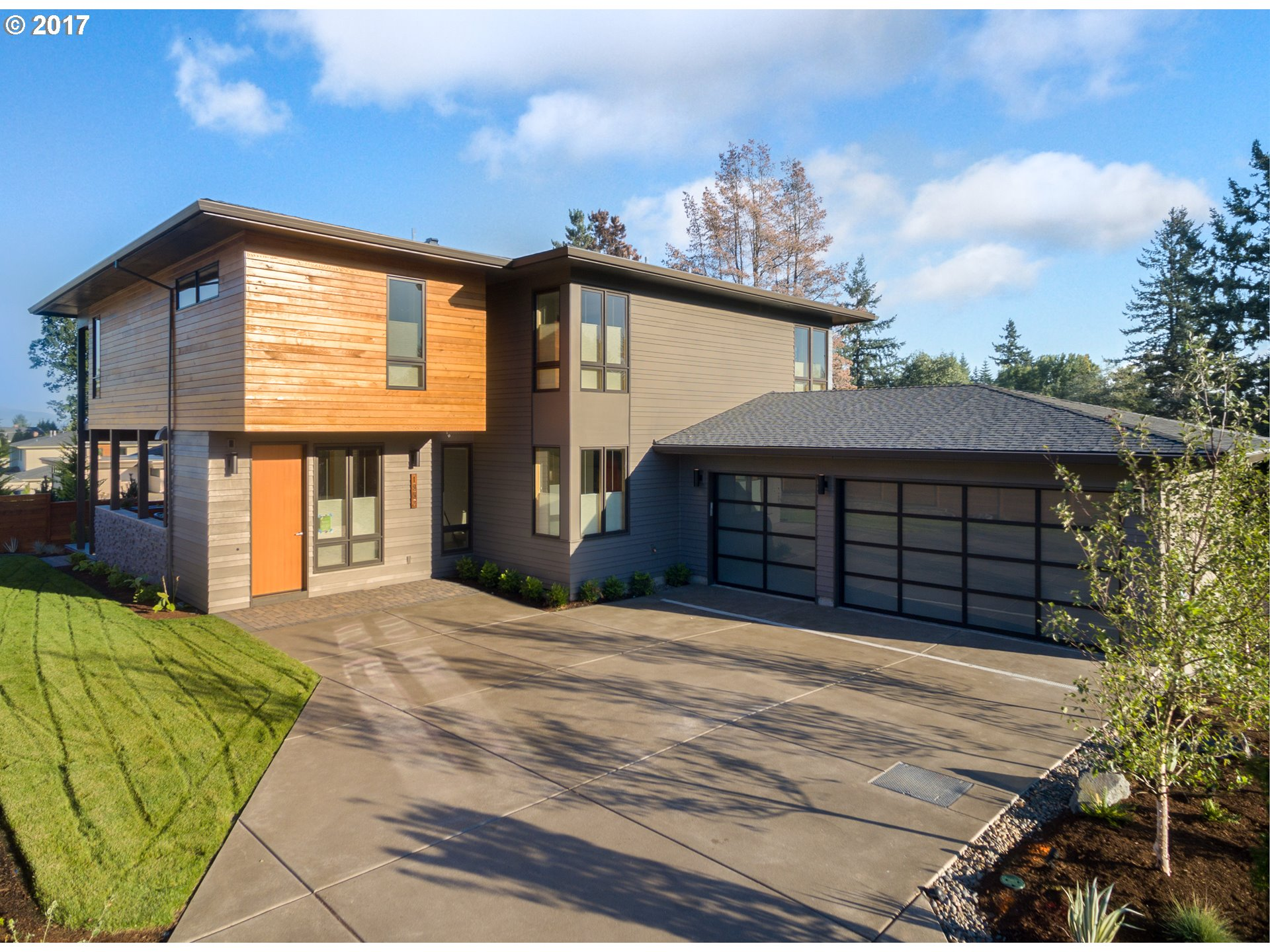1956 HIGHLANDS LOOP, Lake Oswego, OR 97034