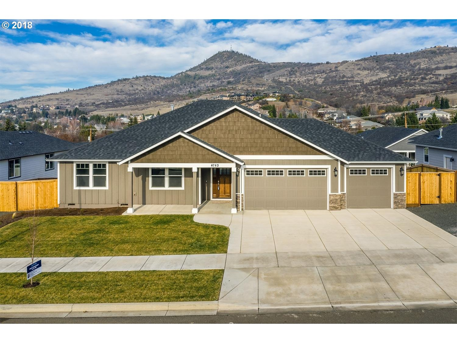Medford, OR 4 Bedroom Home For Sale